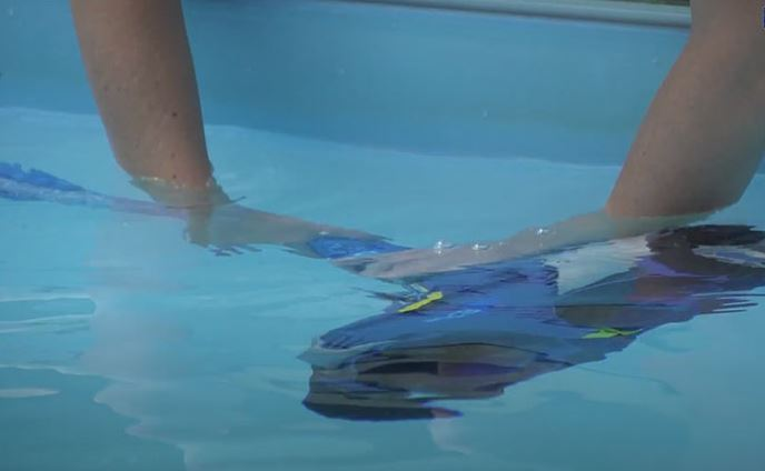Zodiac MX8 Test and opinion on this swimming pool robot 3